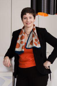 Karin Maquet, dFakto